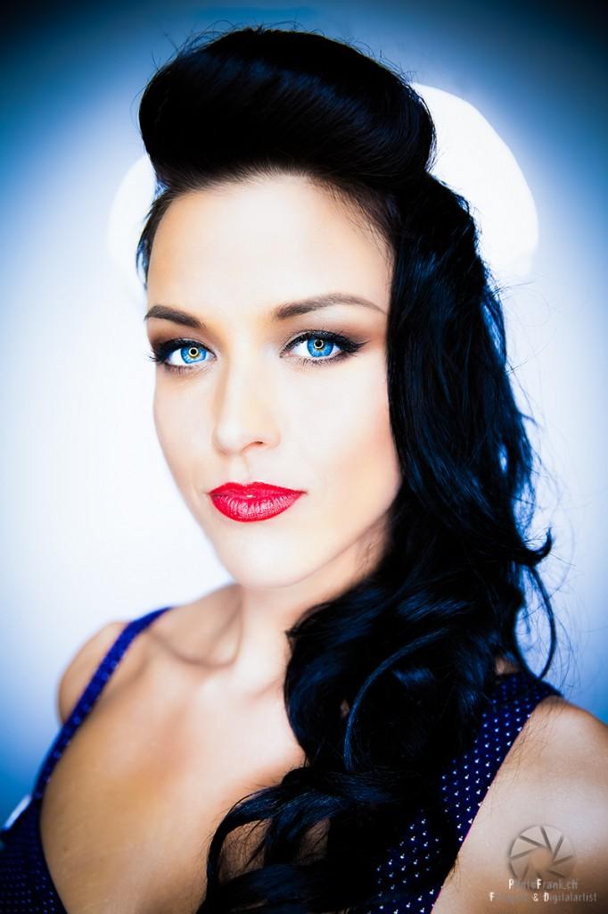 Pin Up Model - Gina Carla