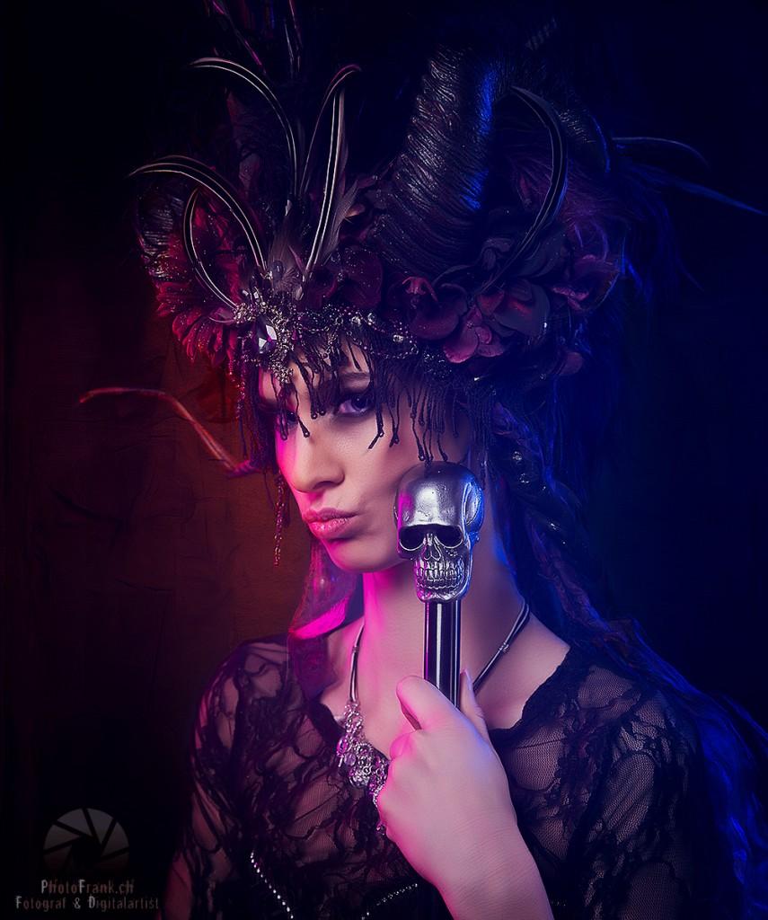 Shooting: The Darkness Model: Jesica V. Martinez