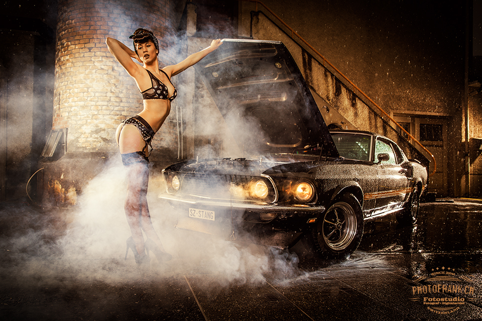 PinUp/Car-Shooting